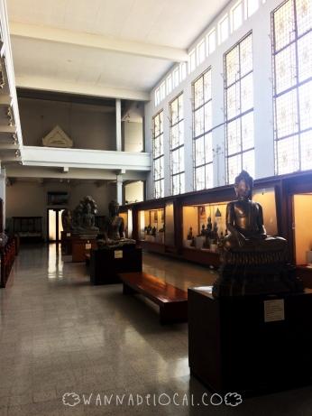 Tầng dưới của bảo tàng